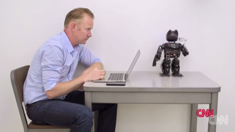 Screenshot van de documentaire die Morgan Spurlock voor CNN over robots maakte.